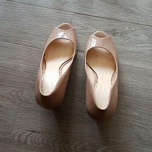 Jessica Simpson Shoes - Jessica simpson neutral wedges